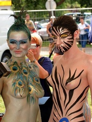 Hot body art on young bodies pics
