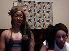 Jhonni Blaze: Twerk Team Parody LMAO!!..